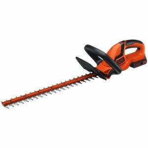 BLACK+DECKER LHT2220 20-Volt Hedge Trimmer, 22