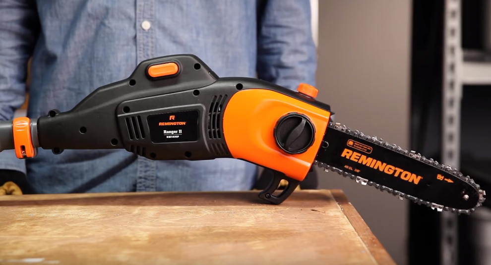 Electric vs Gas Pole Saw: The Guide